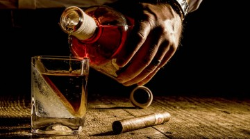 The Whiskey Wedge – The Best Way To Drink Whiskey